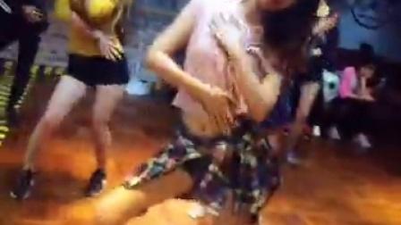 汕头韩舞培训班—舞乐流行舞蹈培训工作室