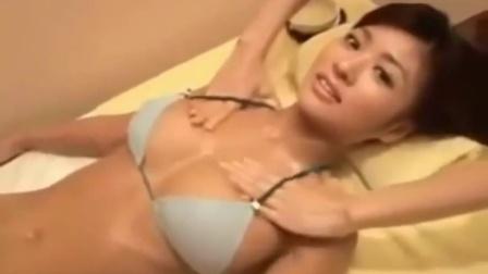 平胸增大按摩_丰胸按摩手法图片什么丰胸产品排行榜_促进胸部发育2