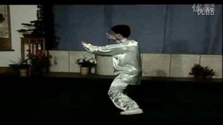 四十二式太极拳口令 吴阿敏_太极拳培训招生简章_太极拳42式视频教程