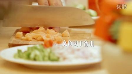 【早餐好好吃】感恩节不想吃火鸡?推荐做一个青椒洋葱吐司披萨盏