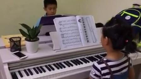 克拉乌泽 M20电钢琴
