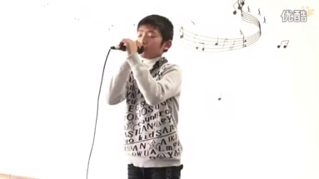 王俊凯的女朋友李佳宁吻照视频[优酷牛人]TF家族 无言 宇文 拍客_标清
