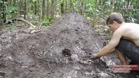 澳洲小哥荒野求生系列第14集《烧制木炭》Primitive Technology_标清