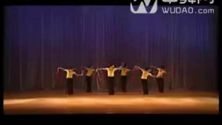 中国舞蹈家协会舞蹈考级教材(第三版)第八级 扎彩灯(东北秧歌)-320x240-中舞网[wudao.c
