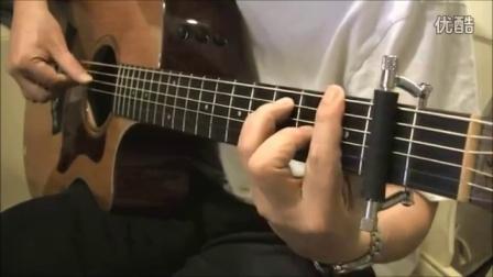 外国琴友新买了美国格莱德滑动吉他变调夹急忙拍个视频秀一把 Glider Capo