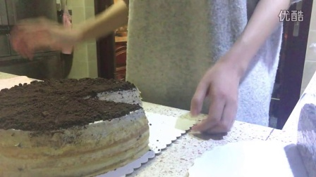 如何切出一块完美的千层蛋糕