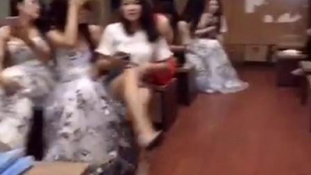 高级会所美女偷拍视频