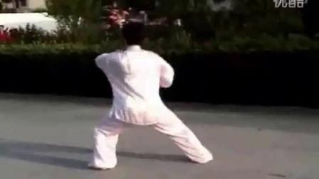 北京太极拳培训价格_陈氏太极拳83式(名师极品)ys2_32 太极剑演练