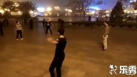 临汾高手张鑫踢毽视频