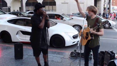 will.i.am surprises street performer (2)