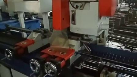 厚壁管数控送料切管机视频 钢管无毛刺切管机