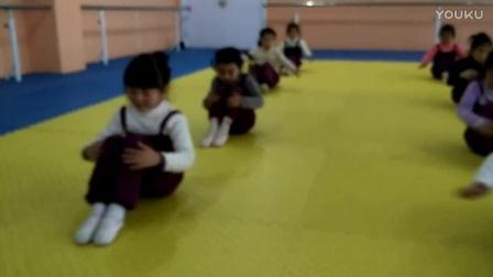 红舞鞋  天使班中少组合教学《小鸡破壳》