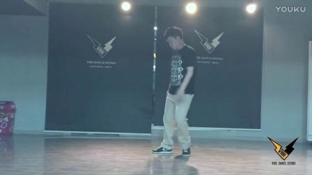 【HOZIN】LYUBOV   HOZIN POPPING SOLO IN VIBE DANCE STUDIO