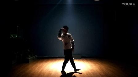 mr.children   屈ZP  solo  包头市DS街舞学员-少儿街舞专攻班-少儿街舞培训第一品牌