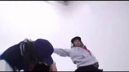 【卜卜独家】Chris Brown  Adam Sevani Freestyle Dance Outtake_高清