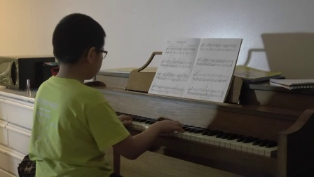 Sonatina in G (first movement) by Beethoven (Jason practice without editing)