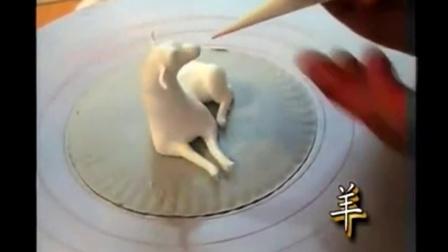 蛋糕裱花教学-怎么抹心形胚子海绵蛋糕的做法