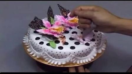 21世纪创意蛋糕制作-裱花大师陈世峰_210制作草莓蛋糕