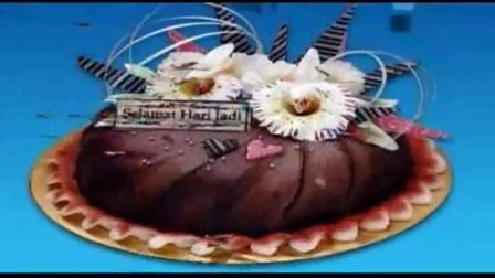 怎么用微波炉做蛋糕 电饭锅蛋糕的做法 烤箱可以烤面包吗