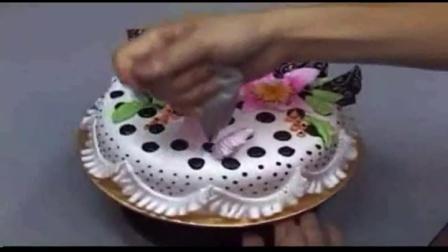陶艺蛋糕裱花视频 陶艺蛋糕教学视频纸杯蛋糕