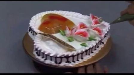 米卡米卡蛋糕 草莓蛋糕的做法 喜洋洋蛋糕