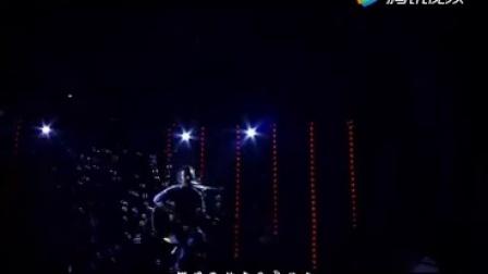 彝族歌曲-贾巴阿叁《死于昨夜》深情演唱彝语歌曲MV