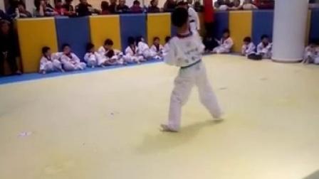 咕噜咕噜跆拳道考级