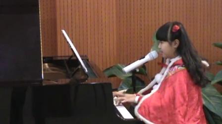 郑州美丽女孩翟家瑶钢琴自弹自唱原唱歌曲《最亲的人》