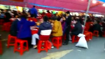 广州三元里棠下闹元宵千席盆菜宴