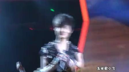 20120407东方风云榜颁奖李宇春-红毯表演领奖采访by玉米爱小飞