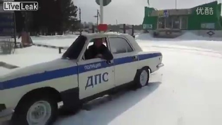 迷你型的坑爹警车www.hahdfk.com.flv