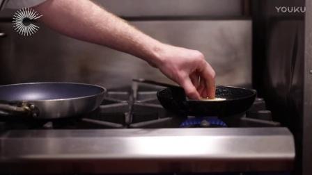 ChefSteps 低温慢煮牛排配西蓝花泥