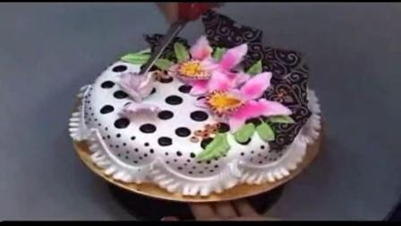 草莓慕斯蛋糕 可爱蛋糕 戚风蛋糕做法