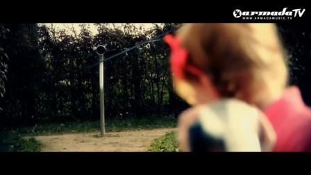 Andy Moor & Ashley Wallbridge feat. Gabriela - World To Turn