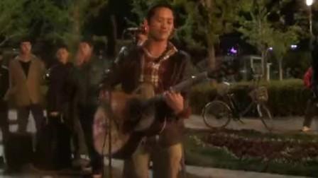 唱 梦 ,鸟巢流浪歌手汤华斌 阿龙 演唱图片