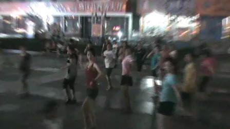 曲沃广场排舞--南非世界杯主题曲 哇卡哇卡~
