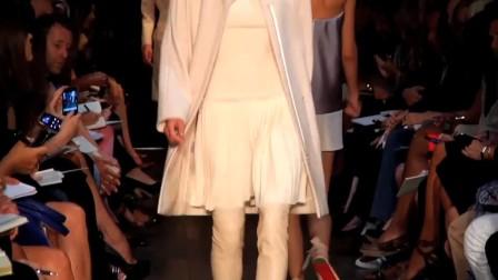 2012春夏纽约时装周秀场直击:VICTORIA BECKHAM