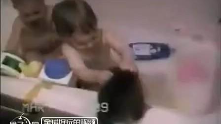 令你笑神经崩溃的爆笑瞬间集锦(三) - 果子网爆笑视频分享