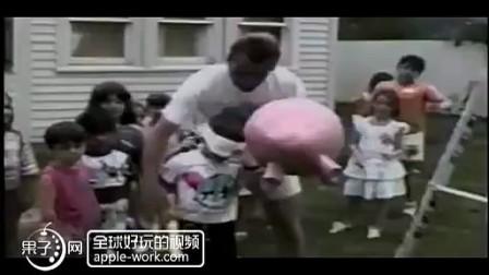 令你笑神经崩溃的爆笑瞬间集锦(七) - 果子网爆笑视频分享