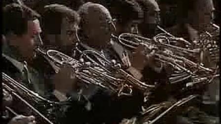 卡拉扬-维也纳新年音乐会-拉德斯基进行曲