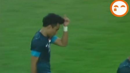 杨昊回传坑惨郑智 停球失误助对手单刀破门