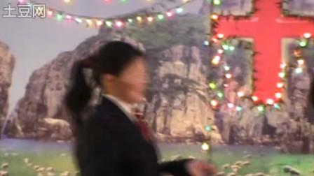 基督教驼峰教会演出的三句半《春节赞美神》