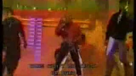 刘德华模仿迈克尔·杰克逊演唱《beat it》