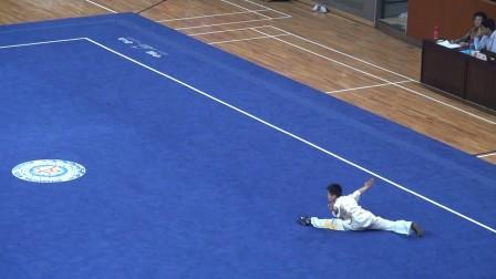 上海松江武校唐家辉同学在上海市第十五届运动会中获得长拳第二名及棍术第三名。
