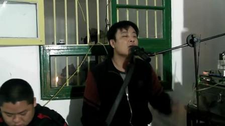 民间丧事;西乐队男装女声唱歌