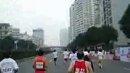 边跑边拍-2010厦门国际马拉松——23公里折返点