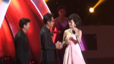 2012亚洲偶像盛典-秋官颁奖