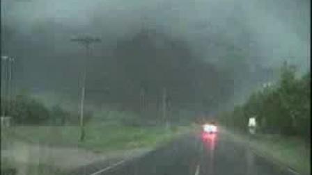 [十大自然灾难纪录片]俄克拉何马城龙卷风