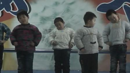 山东阳谷 蒲公英幼儿园 2012新年联欢 实验中班