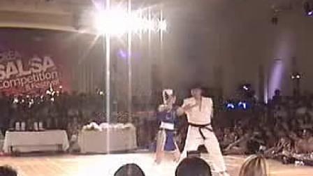 春丽 龙 跳舞(正)